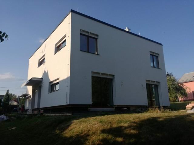 Obrázek 1 pro referenci Zateplení fasády novostavby RD Polance nad Odrou bílým polystyrenem | STAVBA 172013