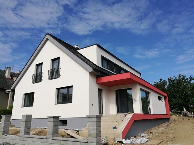 Obrázek 1 pro referenci Zateplení fasády rodinného domu bílým polystyrenem Humpolec | STAVBA 181003