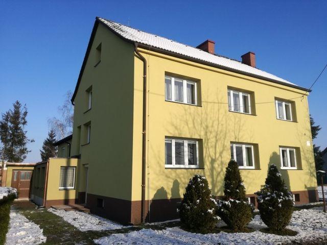 Obrázek 1 pro referenci Zateplení fasády RD Štarnov šedým polystyrenem | STAVBA 172012