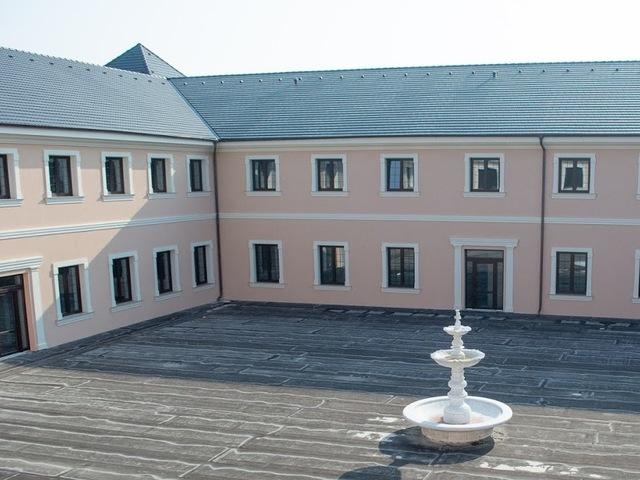 Obrázek 1 pro referenci Zateplení atria hotelu Šanov šedým polystyrenem | STAVBA 171010