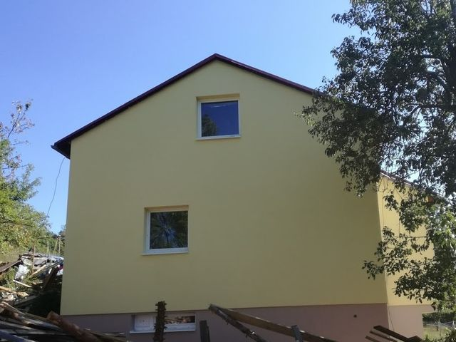Obrázek 1 pro referenci Zateplení fasády RD bílým polystyrenem Zděchov | STAVBA 172006
