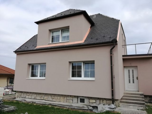 Obrázek 1 pro referenci Zateplení fasády polystyrenem RD Olomouc Droždín | STAVBA 172001