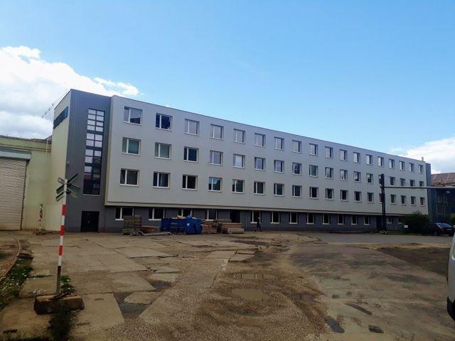 Obrázek 1 pro referenci Zateplení Průmyslové budovy polystyrenem Slaný | STAVBA 171004