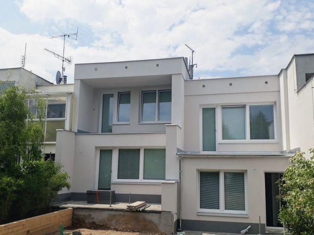 Obrázek 1 pro referenci Zateplení fasády šedým polystyrenem RD Praha Bílá Hora | STAVBA 171008