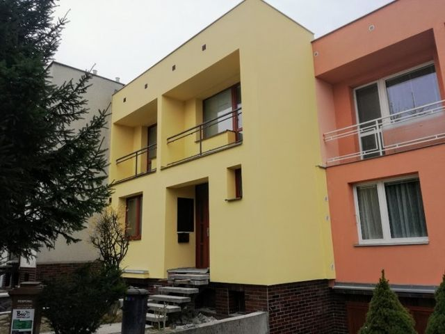 Obrázek 1 pro referenci Zateplení fasády bílým polystyrenem RD Vyškov | STAVBA 16032