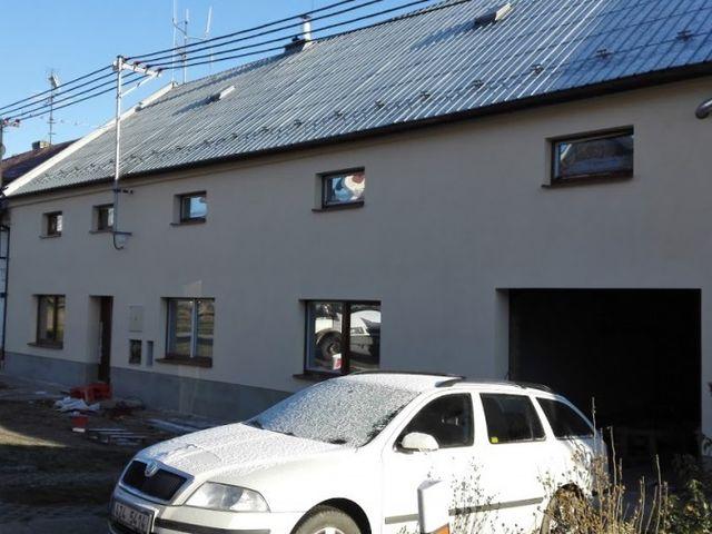 Obrázek 1 pro referenci Zateplení fasády RD polystyrenem Prusinovice | STAVBA 16031
