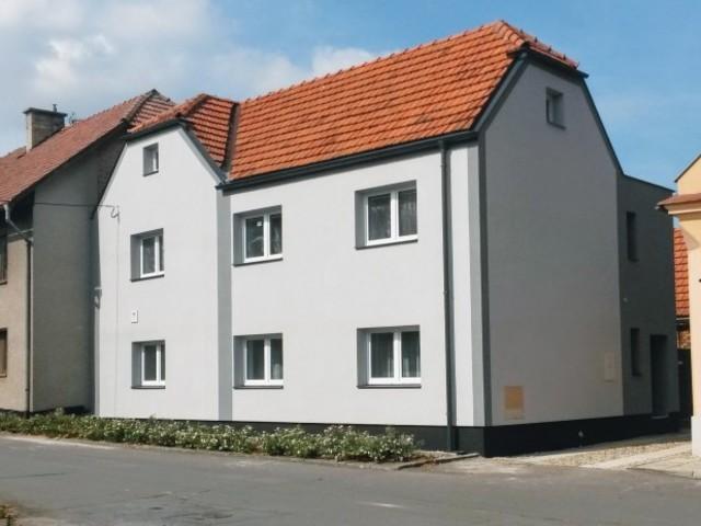 Obrázek 1 pro referenci Zateplení fasády RD šedým polystyrenem, Rouské u Hranic | STAVBA 16024